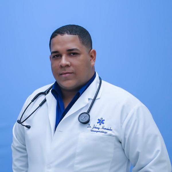DR. JOHNNY HERNÁNDEZ